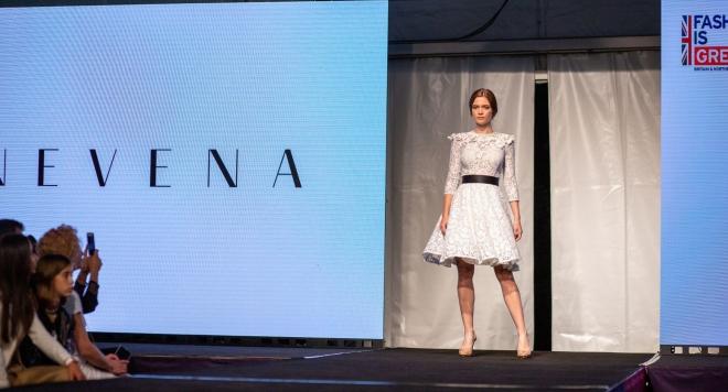 Дизайнерът Невена Николова се върна от Лондон за участие в Conscious Couture