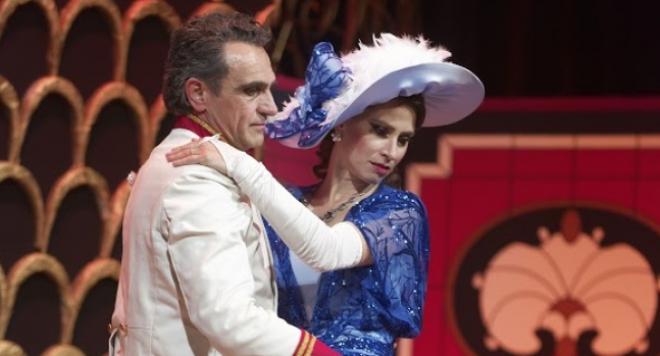 """Римейк на """"Царицата на чардаша"""" в Летния театър на Варна"""