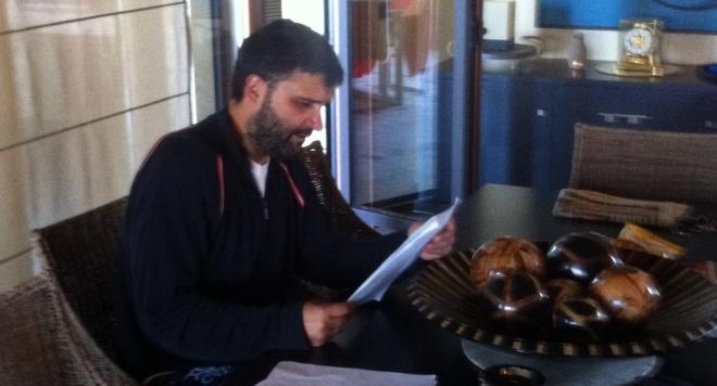 Тодор Славков фалира, разпродава имотите си