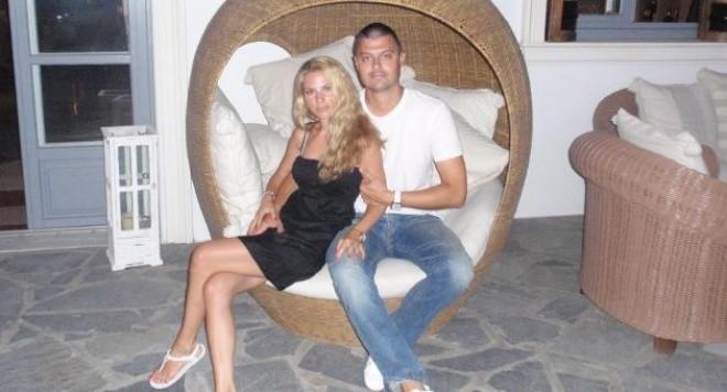 Евгения Барекова празнува рожден ден на Възкресение Христово