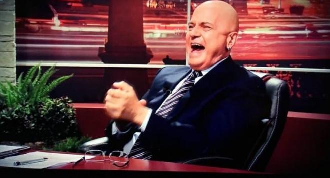 Снимка: СЕМ одруса кабеларката на Слави с 30 бона за брутални вулгаризми!