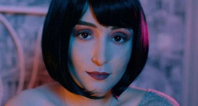 """Дара Екимова срещу хейта в новото си видео """"Пробвай се"""" (ВИДЕО)"""