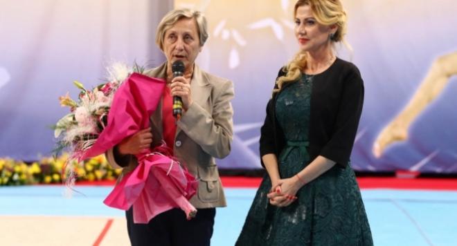 Нешка Робева и Илиана Раева се хванаха за косите!