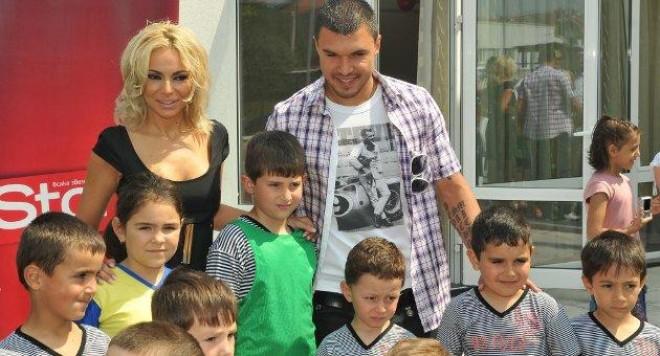 Божинов търси отбор за братята на Алисия