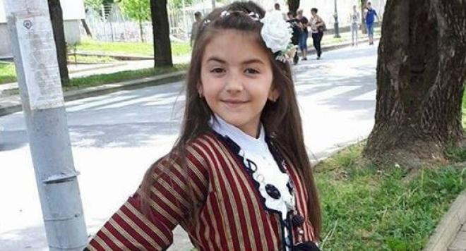 Аквапарк в Турция уби 7-годишната дъщеря на оперния певец Веселин Вачев (Шокиращи подробности)