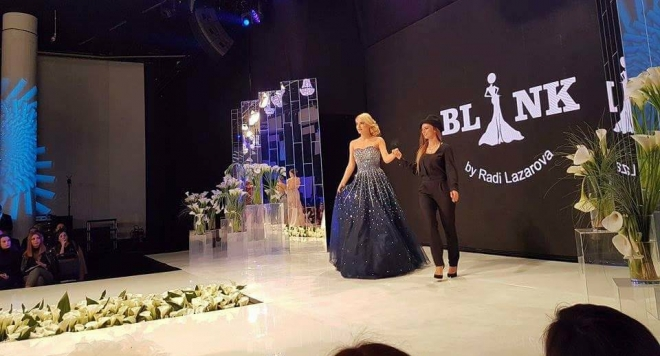 Бурни аплодисменти за младата дизайнерка Ради Лазарова на Sofia Fashion Week