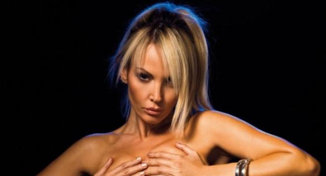 Соня Васи: Гърдите ми не са изкуствени!