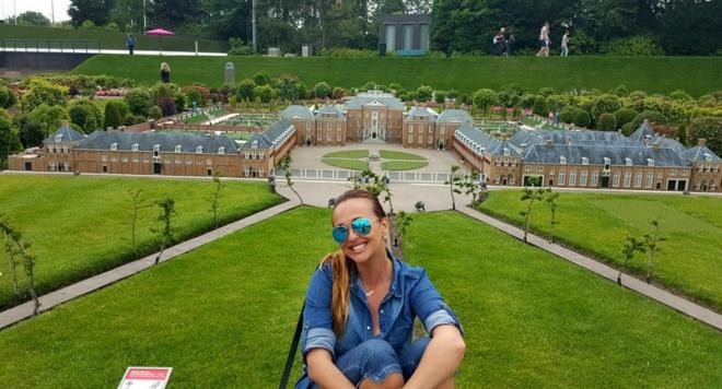 Глория посети най-малкия град в Холандия (снимки)