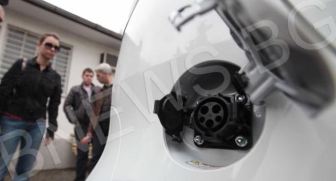 Властта ще се кефи на електромобили за 1 млн. лева
