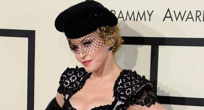 Мадона разрешавала наркотици на децата си
