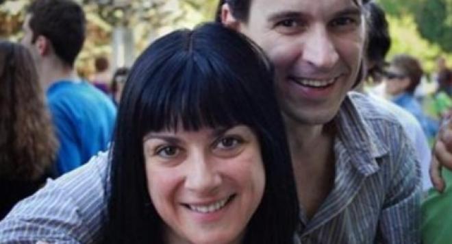 Пендачанска и тънкогласият Найо Тицин все още крият развода си