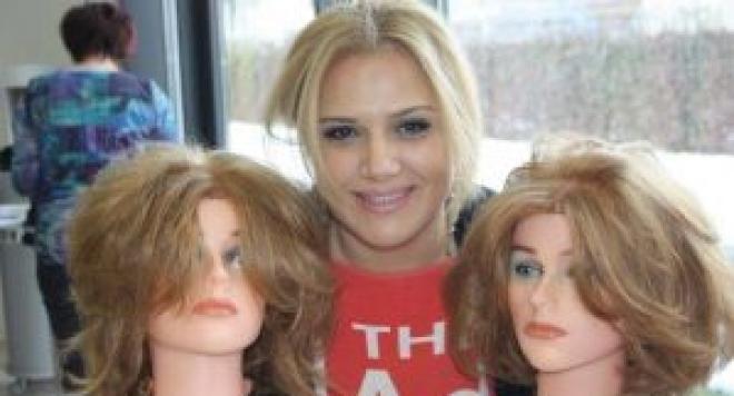 Вили Боршукова – жената, която с перуки дава усмивки на стотици в нужда (ВИДЕО)