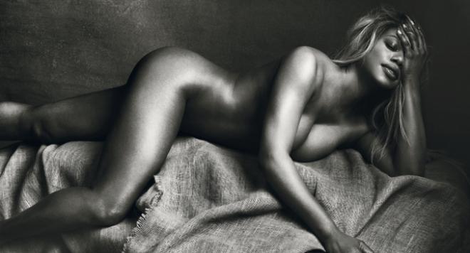 Транссексуалната актриса  Лаверн Кокс позира гола