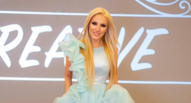 Лейди България 2021 Александрина Йорданова помага в развитието на млади дами
