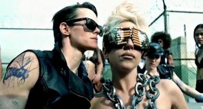 Новят клип на Лейди Гага и Бионсе - забранен за излъчване