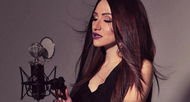 Македонската звезда Бернат подари балада на Криси