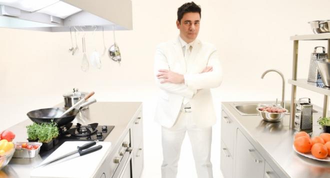 """""""Hell's kitchen"""" изхвърля тонове храна на боклука, докато 1,5 млн. българи гладуват"""