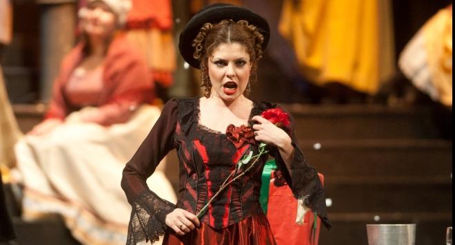 Ученичка на Кабаиванска с дебют в  Театро Реджо