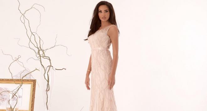 Гуркова ще блесне с дизайнерски рокли на червения килим на фестивала в Кан