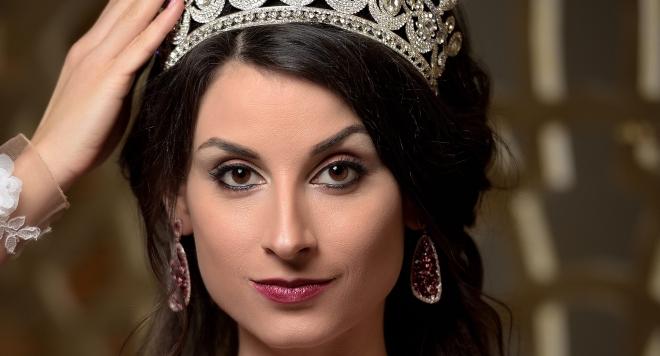 СКАНДАЛ! Отнемат короната на Мисис България Надя Недялкова