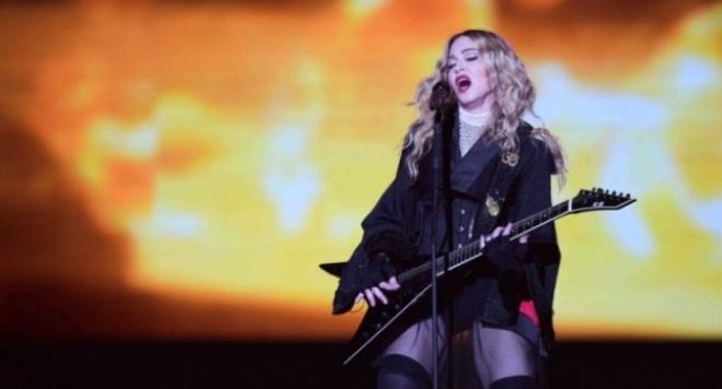 """Мадона поиска 1 млн. долара, за да пее на """"Евровизия"""""""