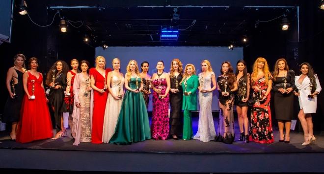 Наградите събират на едно място стилните, красивите и успешните жени