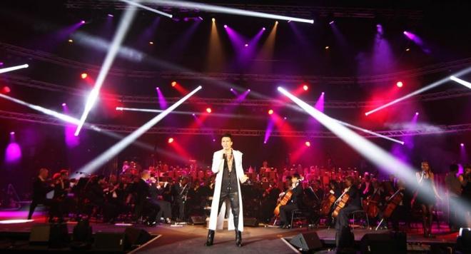 Alek Sandar закри шоу за манекенки в Ню Йорк