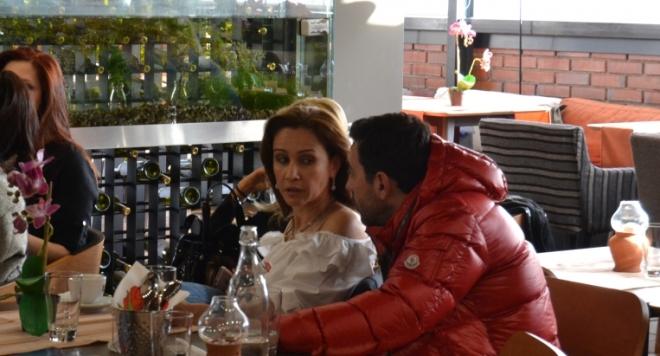 Радост Драганова и шавливият Ники пак се събраха (Истории за изневери, разводи, бракове и още нещо...)