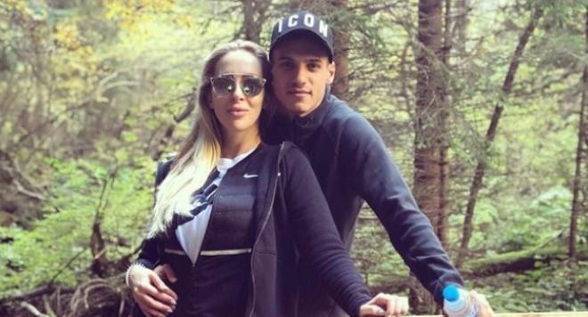 Кирил Десподов се радва на новата си любима в гората