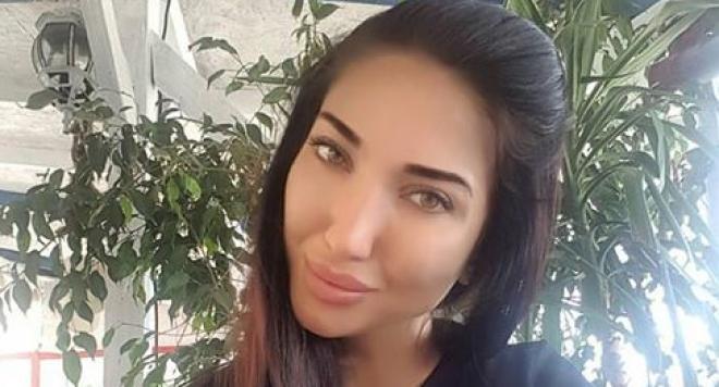Йоана Карастоянова става рекламно лице на немски козметичен гигант