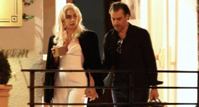 Лейди Гага се раздели с Крисчън Карино
