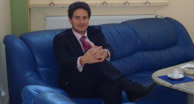 """Сигнал до Иван Гешев: Измамникът Юлиан Димов плаща 100 бона на месец абонамент """"рушвет"""" в Министерството на отбраната и Агенцията по обществени поръчки, къде е държавата? (ДОКУМЕНТИ)"""