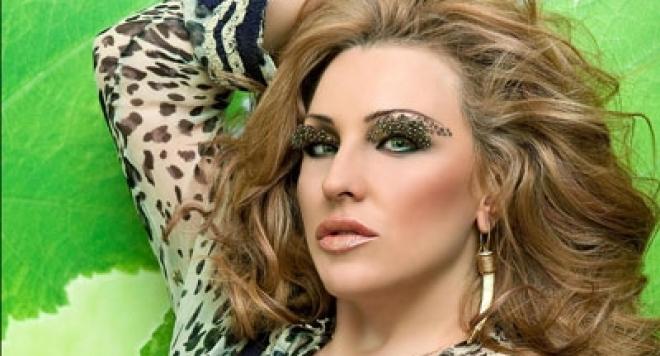 Сръбски хитмейкър подари на Рени лятна песен за България