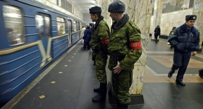 37 души загинаха от взривове в московското метро