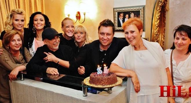 Две торти и 35 гости за ЧРД на Лео Богдановски