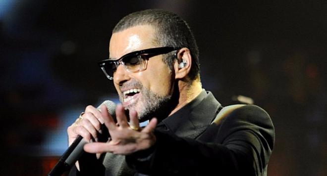 Daily Star замеси Джордж Майкъл в порно скандал! Погребват певеца 3 месеца след смъртта му