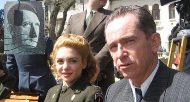 Ели Гигова разпитва нацисти