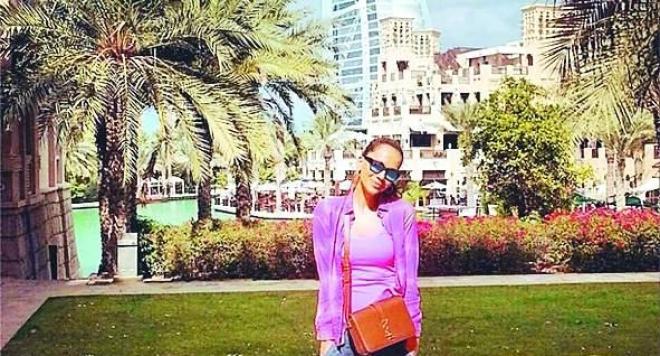 Ивайла Бакалова работи като брокер на недвижими имоти