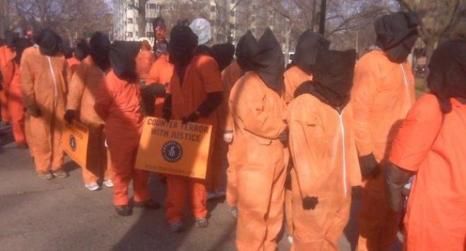 Затворникът от Гуантанамо е вече у нас