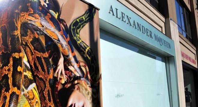 Александър Маккуин: Хулиганът, който обичаше да шокира