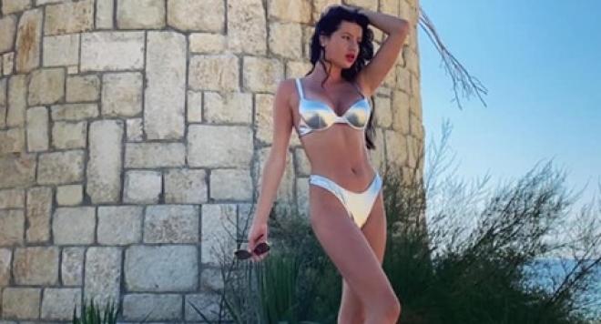 Мис България:  Снимам се гола, за да давам добър пример на момичетата.