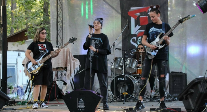 Група Second to None –  нежното явление на родната рок сцена (Снимки и ВИДЕО)