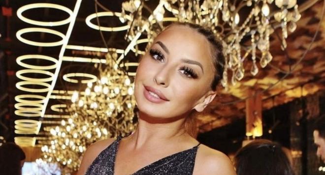 """Силвия Юрукова с награда за моден дебют от ,,Знаменитост на годината""""2020"""