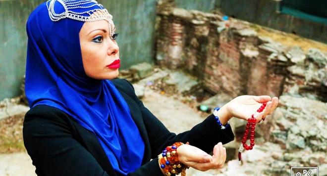 Албена Вулева спи с тъмнокож имигрант от района на Халите