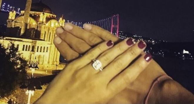 Мика вдига втора сватба в Турция
