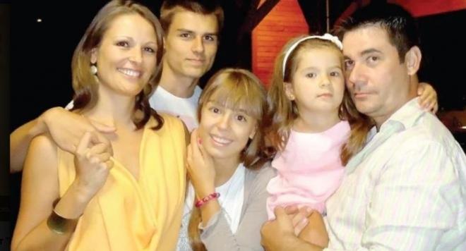 Шеф Ангелов чакал жена му да се разведе, за да се оженят (Вижте каква красавица е била)