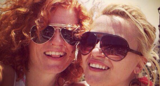 Камелия и Люси в зверски скандал за 47 бона