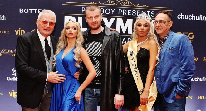 Ето я новата  Playmate  Of The Year 2019 -