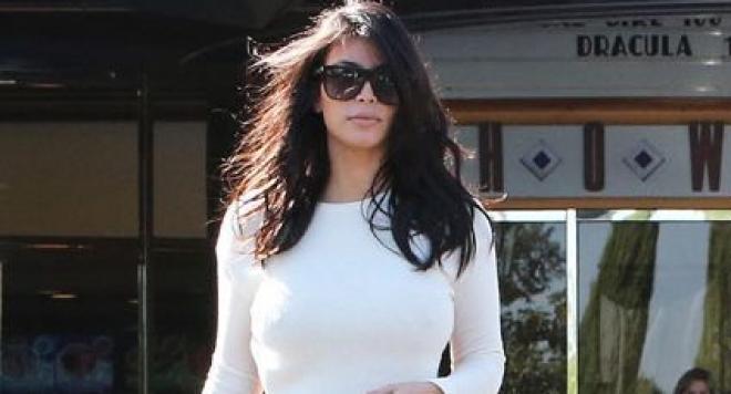 Ким Кардашиян прилича на делва