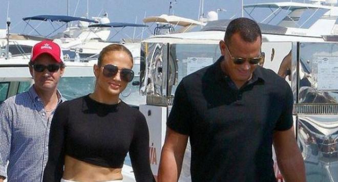 Джей Ло и Алекс Родригес на романтична ваканция в Европа